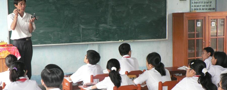 Vietnam school survey | www.younglives.org.uk